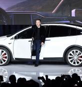 Tesla updates Model 3 design studio; adds new options, changes pricing
