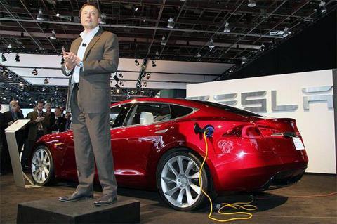Elon Musk: Tesla Model 3 dual motor will release in July 2018