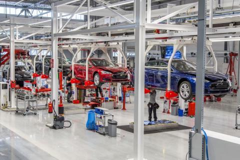 Elon Musk hints that Q2 Model 3 deliveries will prove detractors wrong